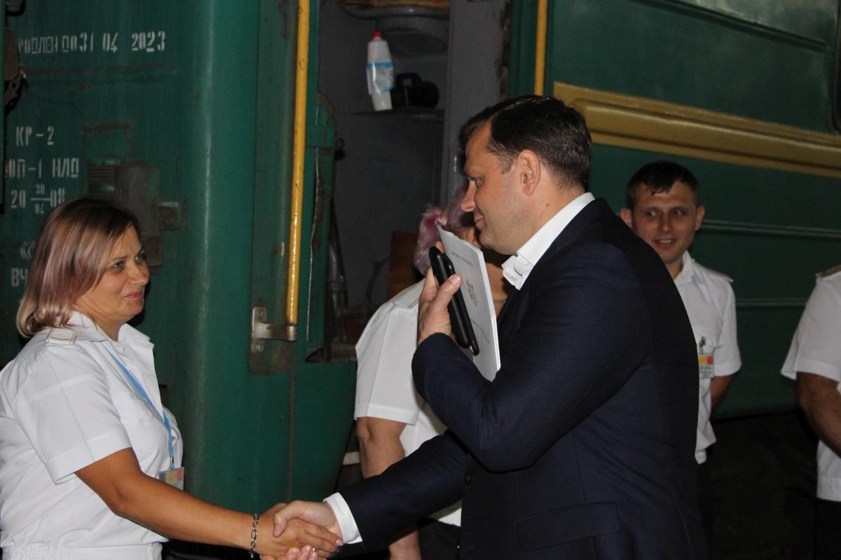 Inaugurarea Oficiului de evidență a străinilor pe peronul Gării feroviare Chișinău